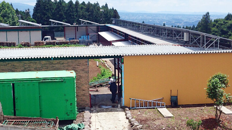 冷温水循環式・閉鎖型陸上養殖システム(SSS)渋川プラント事例